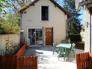 Maison à Montignac-Lascaux 2/4pers. avec WIFI