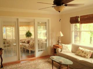 Charming, Classic Rehoboth Beach Cottage