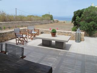 Villa Lucy by the sea, Egina