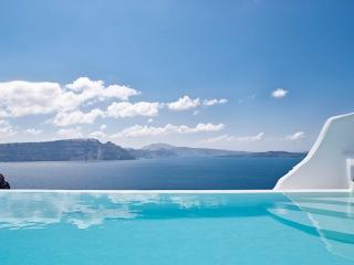 Greece Holiday rentals in Cycladic Islands, Santorini