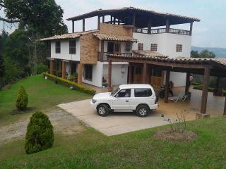 Hermosa casa cerca al aeropuerto De Rionegro