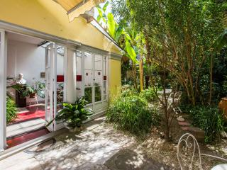 Romantic apartment with private garden, Florencia
