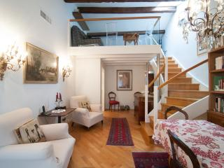 Beautiful flat in Calle del fumo in Venezia