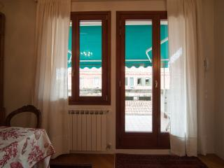 Beautiful flat in Calle del fumo in Venezia