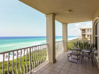Sunset Villa- Gulf/Beach Front Condo! Steps from Rosemary, & Tons of Family Fun!, Seacrest Beach