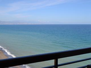 Beautiful studio with sea views, Torremolinos