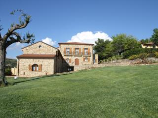Il Saùco stunning renovated country house apartment