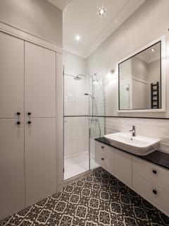 clean and tidy bathroom...cz we like it neat
