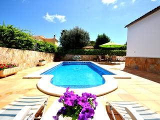 Villa in Bahia  A/C in all rooms, WIFI and pool!, Llucmajor