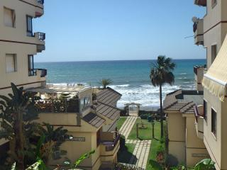 Luxury Holiday Apartment | Costa del Sol | FIRST BEACH LINE | Wonderful Area