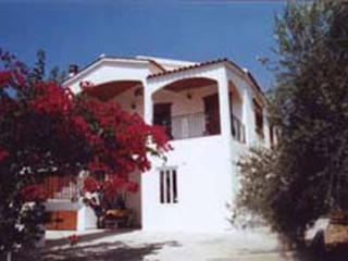 Ritas Kreta Ferienwohnung - für die ganze Familie, Almyrida