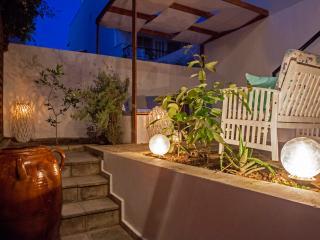 The Secret Garden in Rhodes Town, Ciudad de Rodas