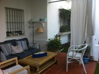 Apartamento cerca del mar con aire acondicionado
