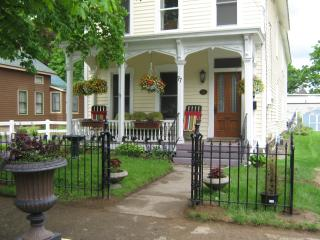 Lg. House 3 BR  porches Walk to Track & Downtown