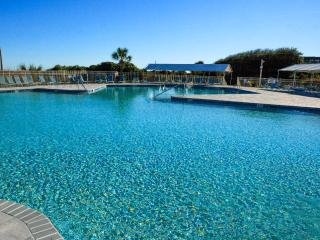 Book Your Summer Stay! Oceanfront Villa!, Hilton Head