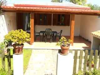 Monolocale vista mare, con patio e terrazza