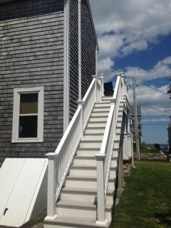 outdoor stairs to second floor