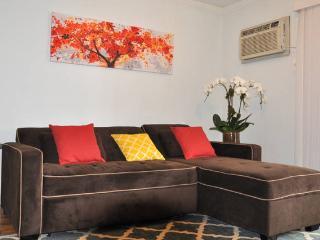 One Bedroom in Astoria15Min From Manhattan