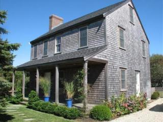 3 Bedroom 3 Bathroom Vacation Rental in Nantucket that sleeps 6 -(10138)