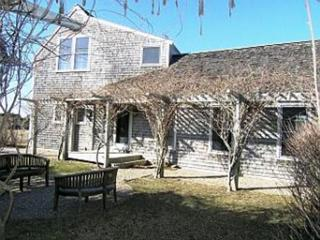 4 Bedroom 4 Bathroom Vacation Rental in Nantucket that sleeps 8 -(10141)