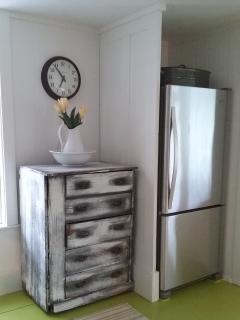 Partial kitchen photo.