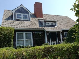 9 Autopscot Circle, Nantucket
