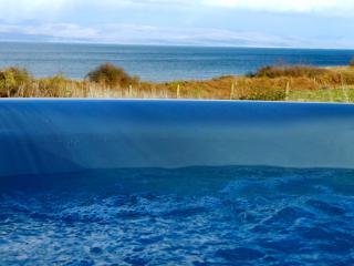 Headland View  -  Sea, Mountains, Hot Tub