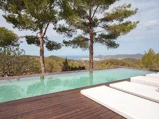 Increíble Villa en San Jose con vistas al mar, Sant Josep de Sa Talaia