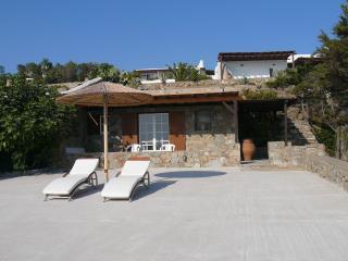 Studio (Agios Lazaros), Psarou