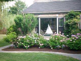 5 Bedroom 5 Bathroom Vacation Rental in Nantucket that sleeps 8 -(8953)