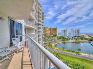Pelican Beach Terrace 802-2BR- AVAIL 8/17-8/24 -RealJOY Fun Pass-, Destin