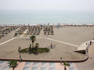 Fantastico apartamento - el mar entra en el salon, Torremolinos