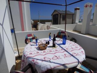 Dining 'Al fresco'at apartamento Vistamar.