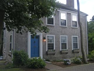 8 New Mill Street - Fishtales, Nantucket