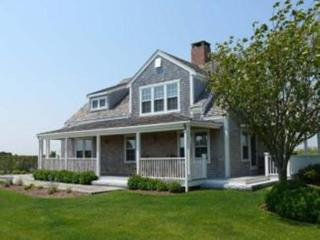 6 Bedroom 5 Bathroom Vacation Rental in Nantucket that sleeps 14 -(9975)