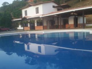 Holiday Retirement Beautiful Finca, Sopetran