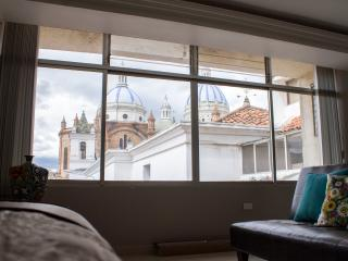 Comfortable loft, historic Cuenca