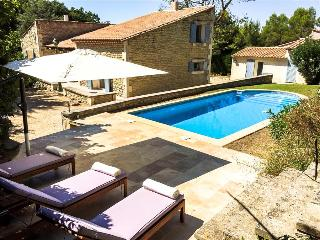 Mas Aurelia - Delightful St. Rémy-de-Provence Mas and Mazet, Pool and Terrace, Saint-Remy-de-Provence