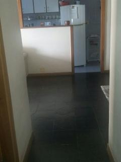 Vista do corredor para a cozinha