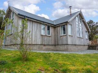 THORSVIK, detached wooden cottage, with three bedrooms, stunning views, rural