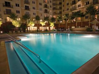 Worldmark by Wyndam - 2 miles from Disney
