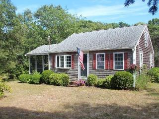 Cute 2 Bedroom Near Englewood Beach