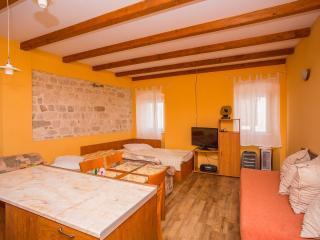 TH02881 Apartments Nevenka / Studio A2