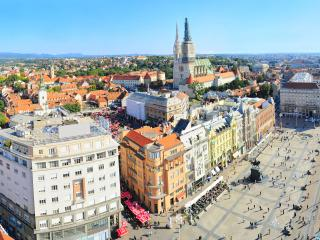 MAIN SQUARE-BE THERE!! AWARD WINNING APARTMENT, Zagreb