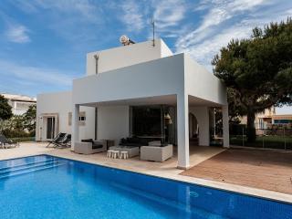 Modern Family Villa With Private Pool, Cala Ferrera