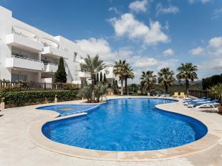 Cosy ground floor apartment close to the Marina, Cala d'Or