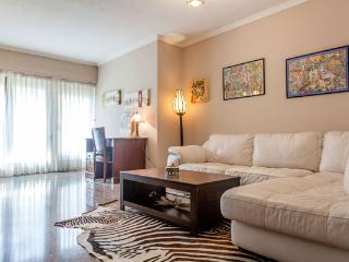 FURNISHED RENTAL APARTMENT WITH PARKING, VALENCIA