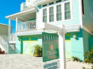 Beachy Villa Vista ~ RA43595, Holmes Beach