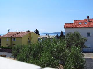 Two bedroom apartment in town of Krk