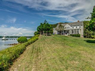 65 Pirates Cove, Osterville